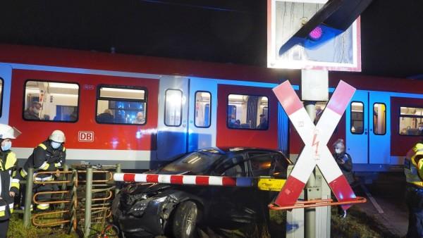 Grafing Bahnübergang Grafing-Stadt Bahnhof Unfall