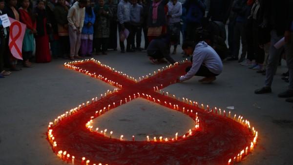 HIV: Gedenken zum Welt-Aids-Tag