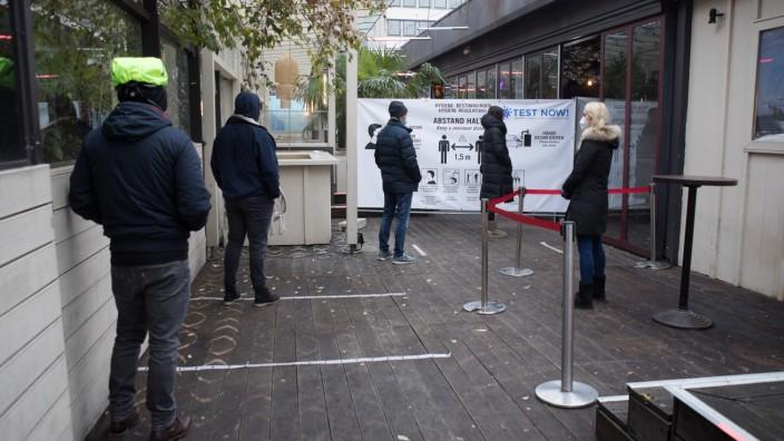 Corona Teststation mit Schnelltests im Pacha Club, Maximiliansplatz 5