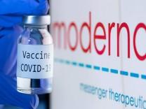 Corona-Impfstoff: Erste Zulassung in der EU beantragt