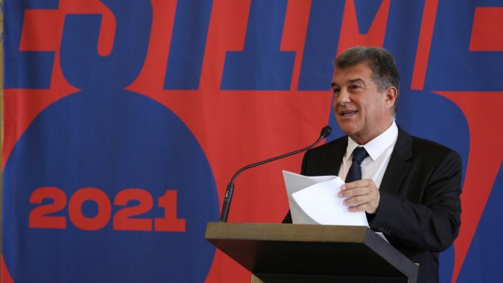 FC Barcelona's presidential candidate Laporta attends the presentation of his candidacy