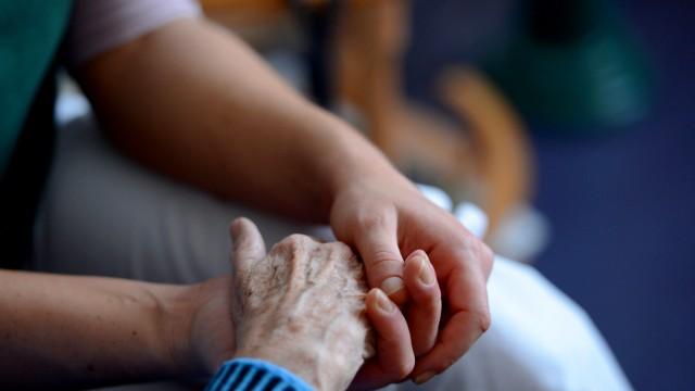 Noch schnell beantragen: Entlastungsleistung für Pflege nutzen