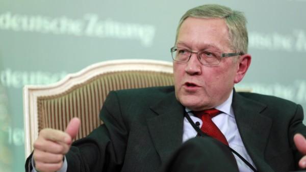 Klaus Regling auf dem Führungstreffen Wirtschaft in Berlin, 2012