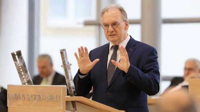 Coronavirus - Landtagssitzung in Magdeburg