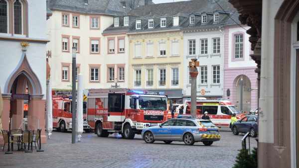 Auto erfasstFußgänger in Trier
