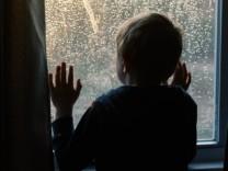 Lockdown und Gewalt: Niemand bekam die Kinder zu sehen