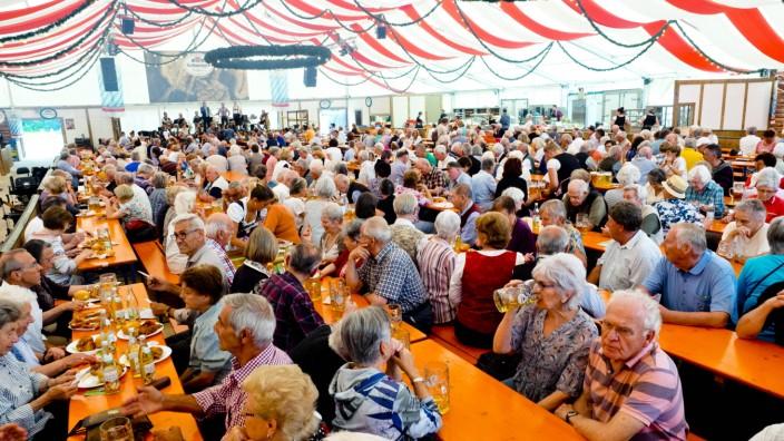 Volksfest Poing Seniorentag