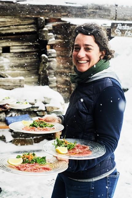 """Gehobene alpine Küche im Restaurant """"Zum See"""" oberhalb von Zermatt."""