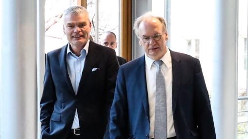 Innenminister Holger Stahlknecht (CDU,Sachsen Anhalt) und Ministerpräsident Reiner Haseloff (CDU,Sachsen Anhalt) - Frak