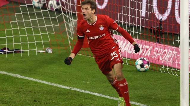 FC Bayern: Thomas Müller jubelt gegen RB Leipzig