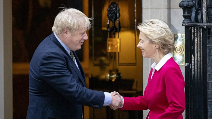January 8, 2020, London, London, UK: London, UK. Prime Minister Boris Johnson greets President of the European Commissi