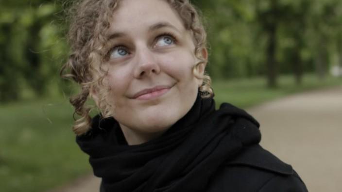 Leena Simon, Bild von ihrer Website, OH