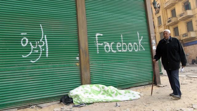 Arab Spring: the first smartphone revolution