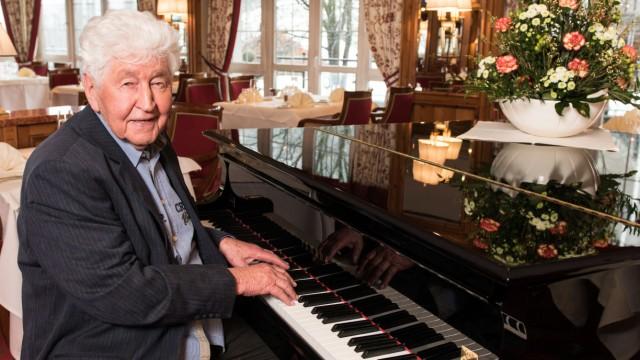 Chorleiter Gotthilf Fischer gestorben