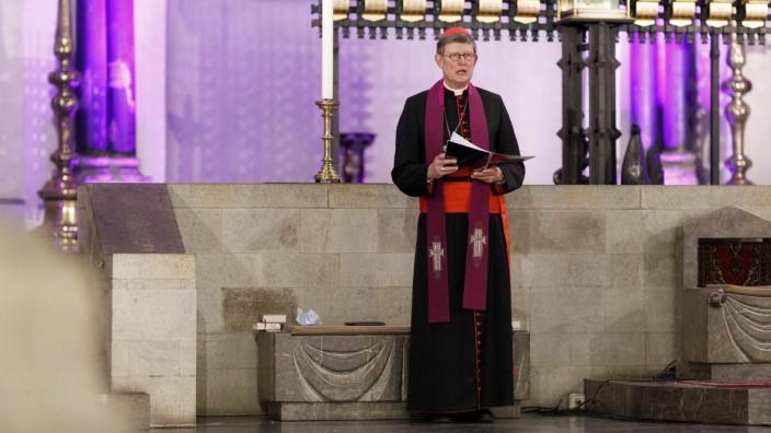 Zu Beginn des neuen Kirchenjahres luden der Kölner Erzbischof Rainer Maria Kardinal Woelki und der Präses der Evangelis