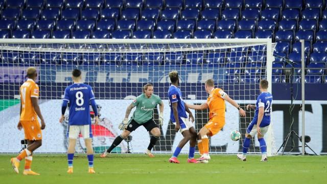 FC Schalke 04 v DSC Arminia Bielefeld - Bundesliga