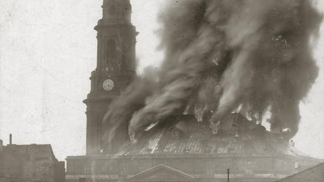 """Andreas Krase - """"Dresden in Photographien des 19. Jahrhunderts"""" - !!!!  Maximal 4 (vier) Motive aus der Pressebilderliste sowie das Buchcover oder eine Buchansicht dürfen abgebildet werden !!!!"""