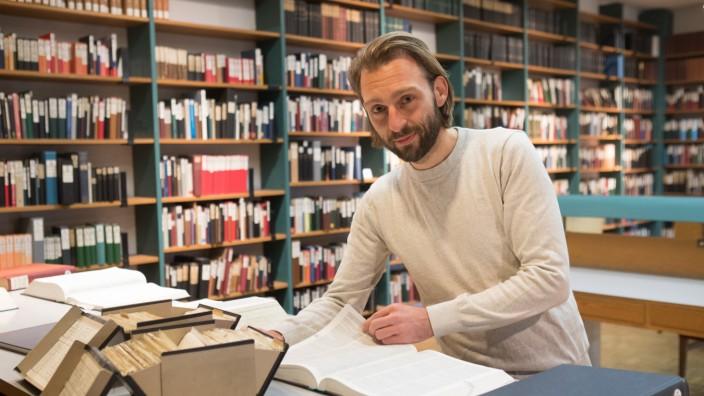 Sprachwissenschaftler Eduard Meusel in der Bayerischen Akademie der Wissenschaft