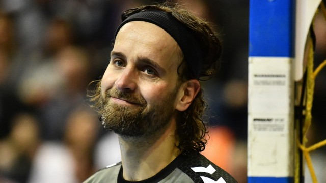 Silvio Heinevetter (Torwart Füchse), leicht amüsiert Füchse Berlin - SG Flensburg-Handewitt 1. Bundesliga, DKB-Handball