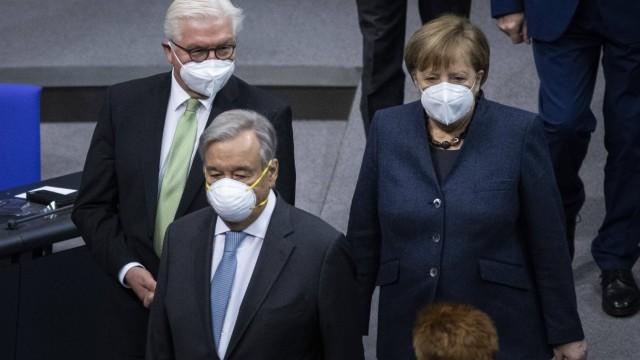 (L-R) Bundespraesident Frank-Walter Steinmeier, Antonio Guterres, Generalsekretaer der Vereinten Nationen, und Angela M