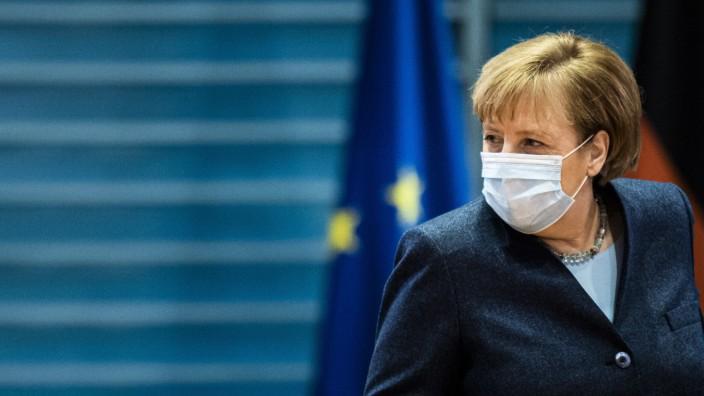 Angela Merkel, Bundeskanzlerin, aufgenommen im Rahmen der woechentlichen Kabinettssitzung im Bundeskanzleramt in Berlin