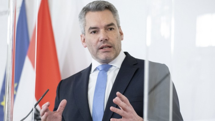Wien: Pressefoyer nach dem Ministerrat *** Vienna: Press foyer after the Council of Ministers Der Ministerrat trat heut