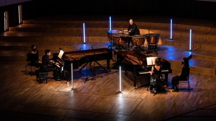 Klavierduo Shalamov /T. Greenleaves