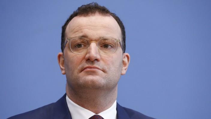 Bundesminister für Gesundheit Jens Spahn, Deutschland, Berlin, Bundespressekonferenz, Thema: Corona-Lage und Start der