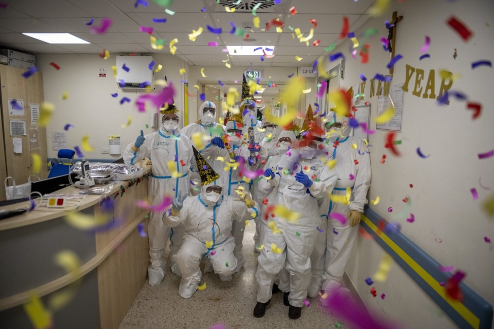 New Year's Eve In A Rome ICU During The Coronavirus Pandemic