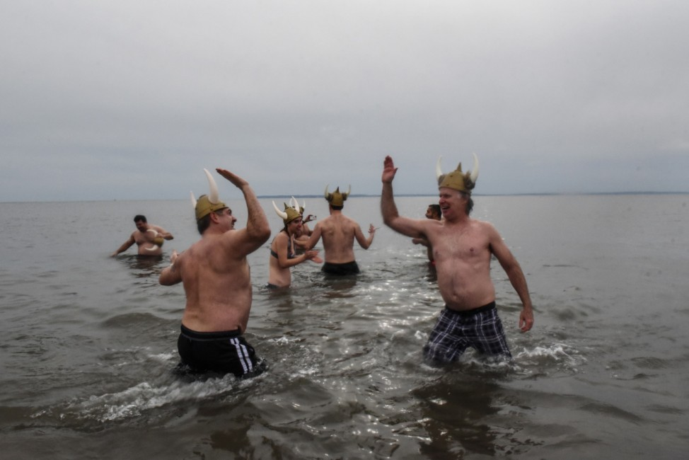Despite COVID-19 Pandemic, Hardcore Bathers Continue Polar Bear Plunge Tradition