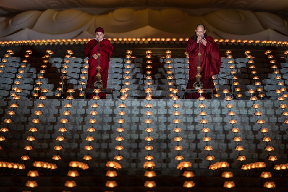 Hong Kongers Celebrate New Years Eve At Monastery