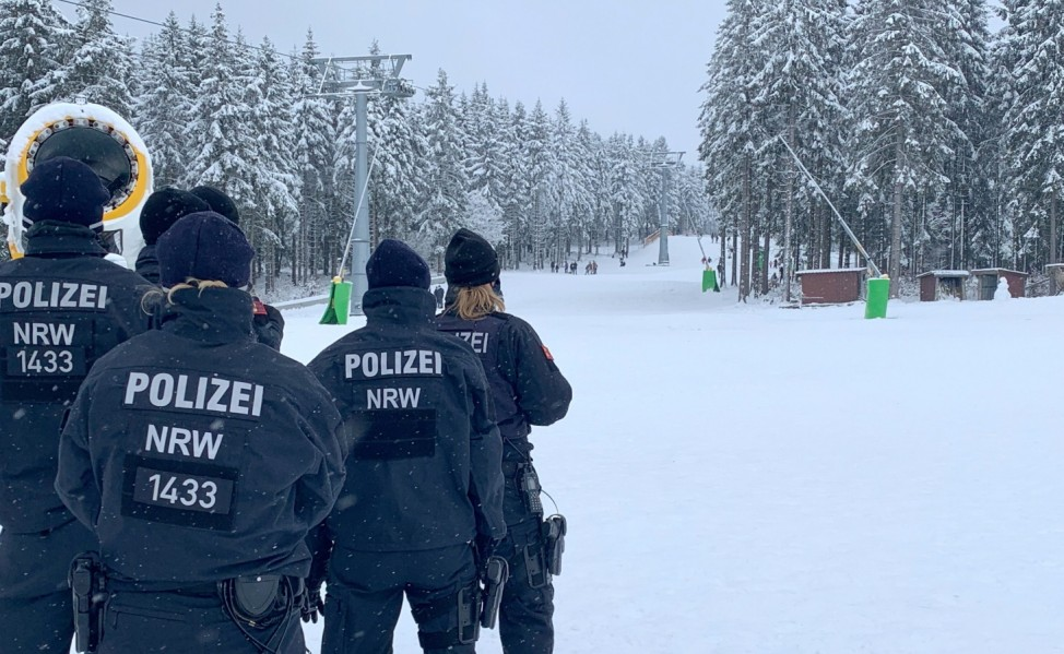 Police is preparing to clear the ski region in Winterberg