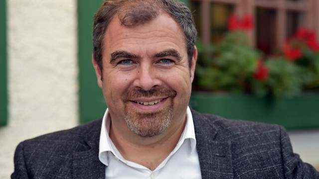 """Bundestagswahl im Landkreis München: Der Putzbrunner Florian Hahn, 47, gehört dem Deutschen Bundestag seit 2009 an: """"Priorität müssen weiterhin die Investitionen in die Infrastruktur haben sowie die Anbindung unserer Hotspots."""""""