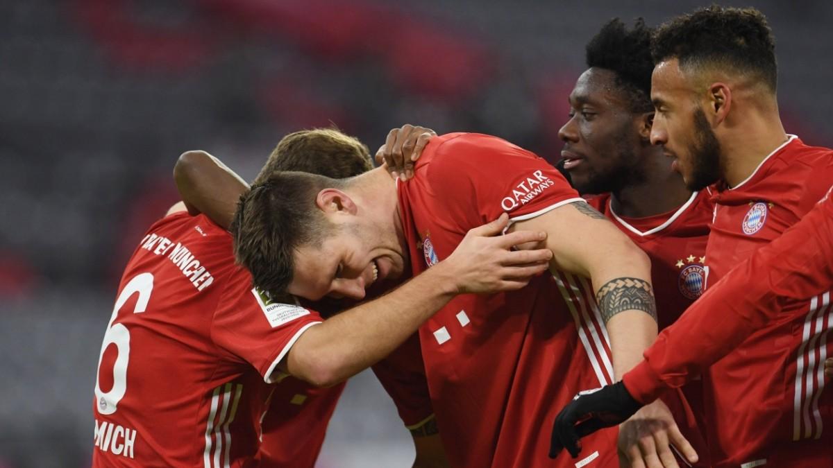 FC Bayern München: Ein später Weckruf - und dann der Überfall