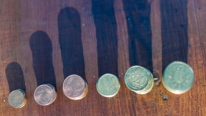 Coins sorted by value Copyright: xAlexandraxCoelhox