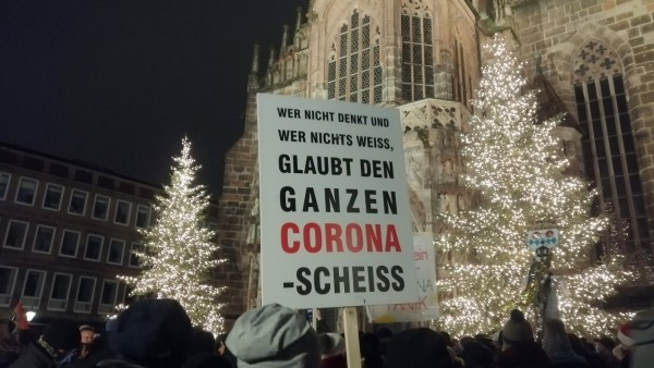 Demonstration von Corona-Leugner in Hauptmarkt Platz during in the Hard Lockdown of the Covid 19 Coronavirus Pandemie i