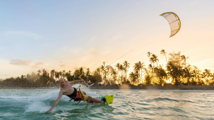 Kiteboarding Fun in ocean Extreme Sport Kitesurfing model released Symbolfoto PUBLICATIONxINxGER