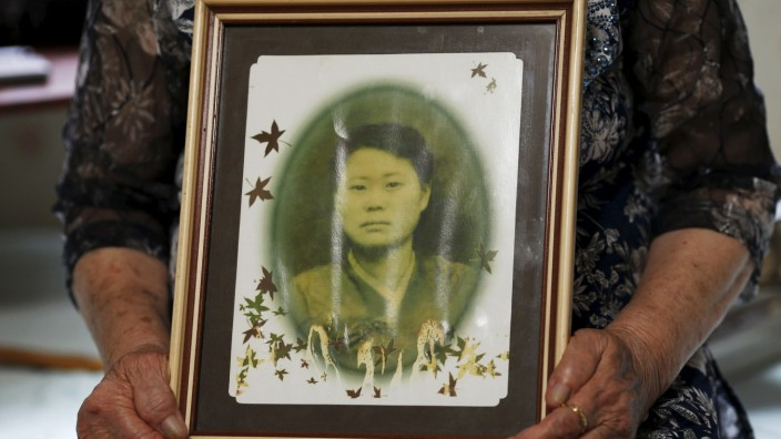 Wider Image: 'Comfort Woman' Survivors Tell Their Stories