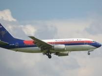 Indonesien: Flugzeug mit 62 Menschen an Bord abgestürzt