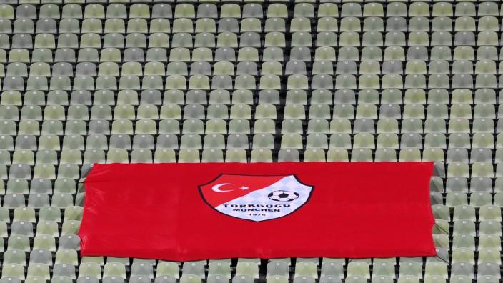 München, 15.12.2020, Fussball, Olympiastadion, 3.Liga, 16.Spieltag , Türkgücü München vs. Hallescher FC 0:3 (0:2) , Im B; Fußball