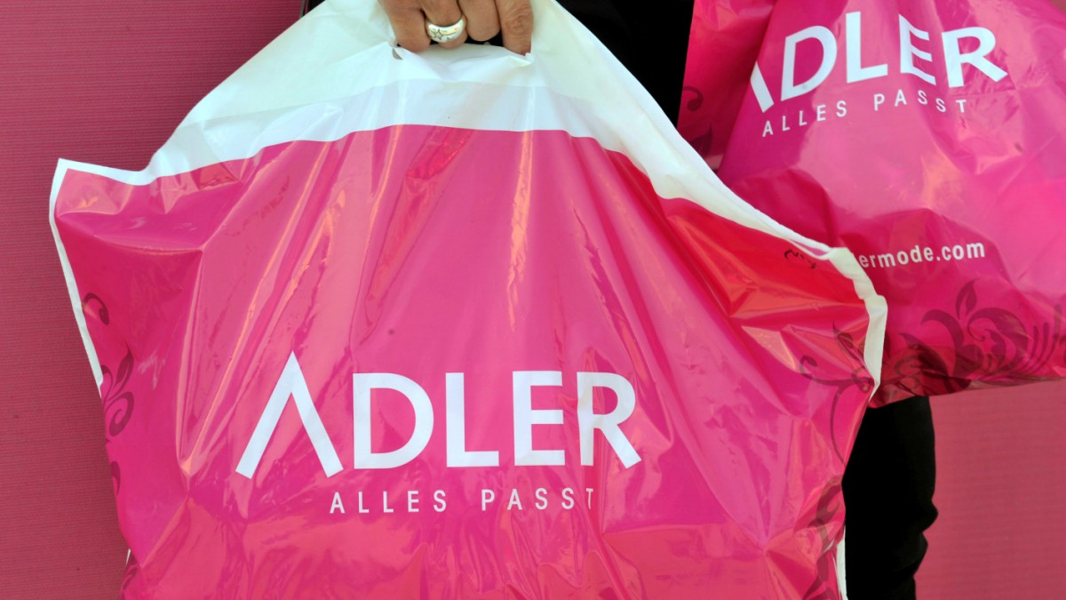 Textilhandel: Adler Modemärkte überschuldet
