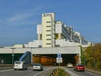Autobahn Wohnhaus Schlangenbader Strasse Wilmersdorf Berlin Deutschland *** motorway residentia