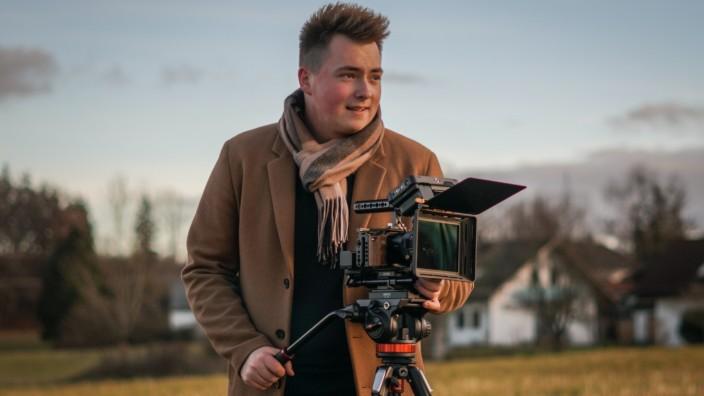 Videofilmer Roman Betzenbichler aus Grafing Lion-Tooth-Studio