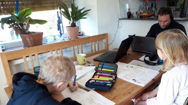 Homeschooling Grafing Küchentisch