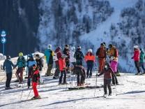 Österreich: Verdacht auf mutierte Virusvariante in Tirol