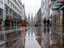 Coronavirus: Verwaiste Innenstadt in Bremen während der Corona-Pandemie