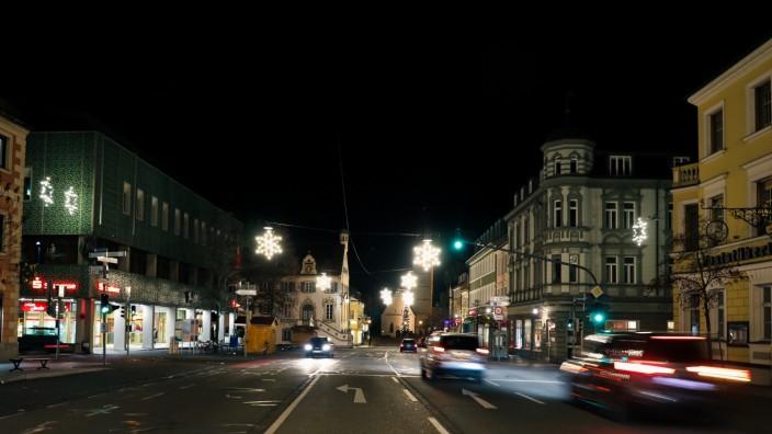 FÜRSTENFELDBRUCK: Innenstadt am Abend im Advent