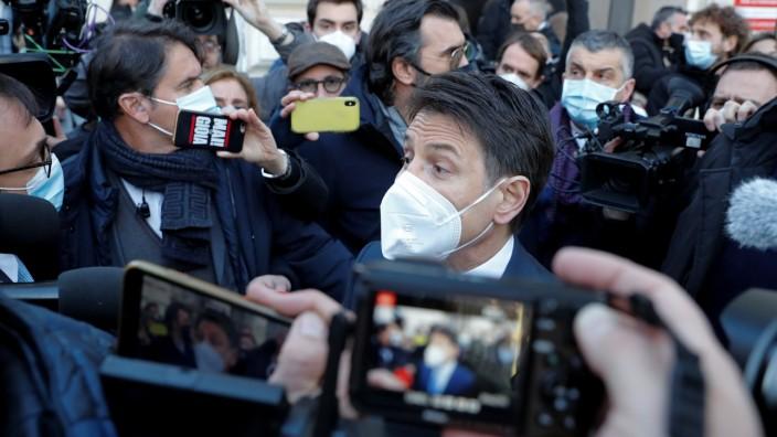 Italien: Premierminister Giuseppe Conte in Rom während der Corona-Pandemie