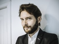Viktor Martinowitsch, nur zur redaktionellen Verwendung im Zusammenhang mit der Buchbesprechung