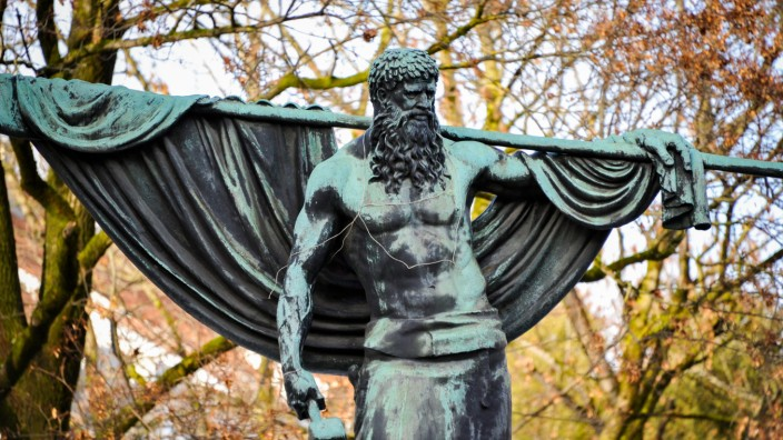 Schmied von Kochel-Bronze-Denkmal